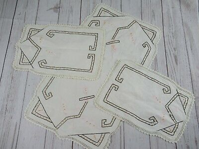 Lot of Beautiful Vintage Had Crochet Lace table linens Runner Doily Matching