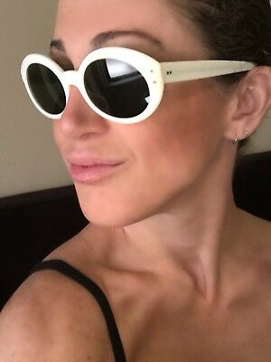 New Vintage B&L Ray Ban USA Bewitching Off White Ivory Oval Round NOS Sunglasses