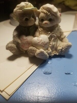 """Calico Kittens 102571 """"Paws-itively In Love"""" Boy & Girl Holding Hearts Figurine"""