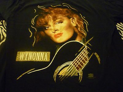 Wynonna Vintage 1993 Tour Shirt ( Used Size L ) Very Good Condition!!!
