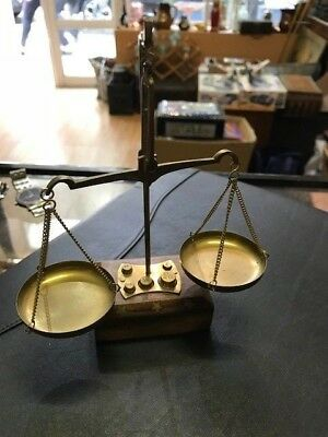 vintage balance scale apothecary with weits 20grams