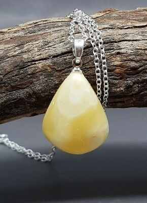 2,1 gr Genuine Natural Butterscotch/ Baltic Amber Pendant Necklace