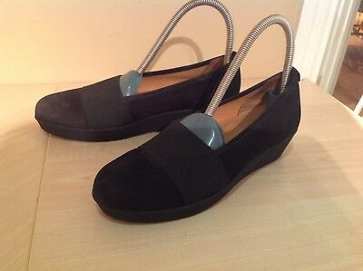 Gabor black wedge shoes good condition size 5g suede