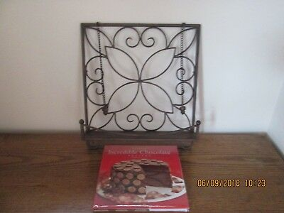 Taste of Home Entertaining Napa Iron Cook Book Stand with Chain