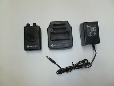 Motorola Minitor V 470-477.9 MHz UHF FIRE EMS Pager with Charger