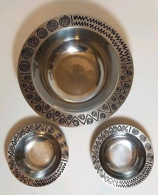 """Wilton Armetale Reggae Serving Bowl Round 12.5"""" and 2 Dipping Bowls set of 3"""