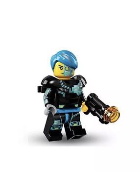LEGO Series 16 - #3 Cyborg Soldier - BRAND NEW Mini-Figure W/Stand