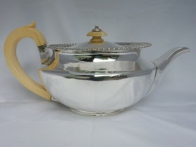 Superb Heavy Antique 1914 Robert Frederick Fox Solid Sterling Silver Teapot