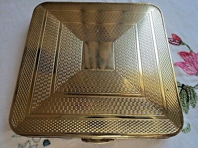 Vintage goldtone square compact with sifter - Engine turned design - 1940's