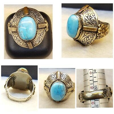 Soild Silver Lovely Old  Ring With Stuuning Arizona Turquoise Stone # TRA70