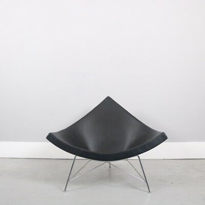 Vitra George Nelson Coconut chair - Black Leather