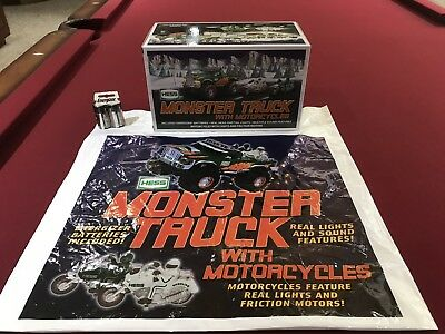 """2007 Hess """"monster Truck With Motorcycles""""-With Bag And New In Box"""