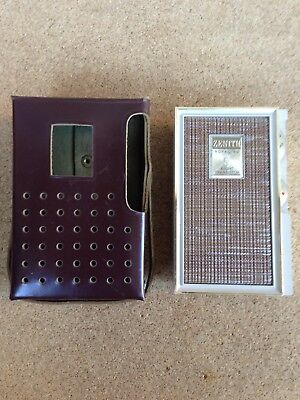 Vintage Zenith Royal 80 Eight Transistor Radio With Leather Case