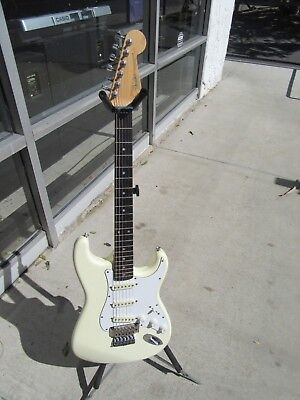 80's Fender Stratocaster White Electric Guitar With Kahler Made In Japan Nice
