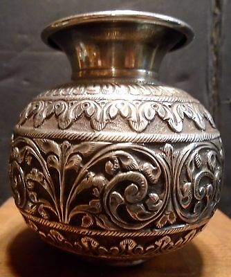 ANTIQUE INDIAN / BURMESE / THAI SILVER BOWL REPOUSSE TESTED Weighs 159.3 Grams