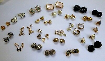 Lot of Clip on/Screw back  earrings - Vintage - 26 pairs