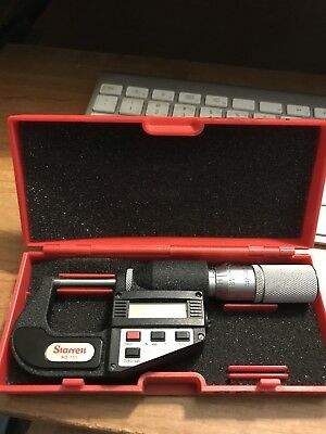 "Starrett Digital LCD Outside Micrometer 0-1"" / 0-25mm 0.00005"" Carbide Faces"