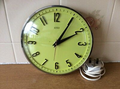 Vintage Metamec Electric Yellow Faced Wall Clock VGC Tested Working
