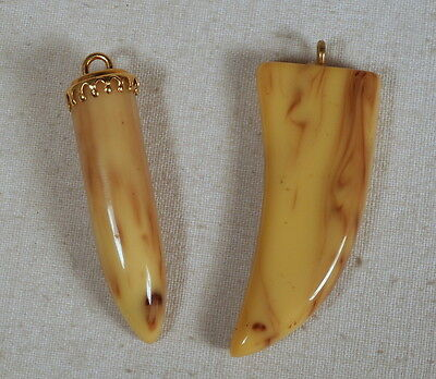 Superbe lot de 2 pendentifs vintage en bakelite - Made in France
