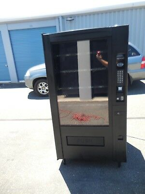 Very Nice Crane 780 780D Fully Refrigerated Combo Snack Soda Vending Machine