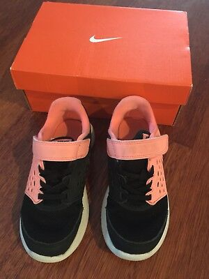 Girls Nike Shoes 11 (US)/10.5 (UK)