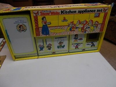 SNOW WHITE 3-PIECE KITCHEN APPLIANCE SET REFRIGERATOR,STOVE,SINK 1960's IN BOX