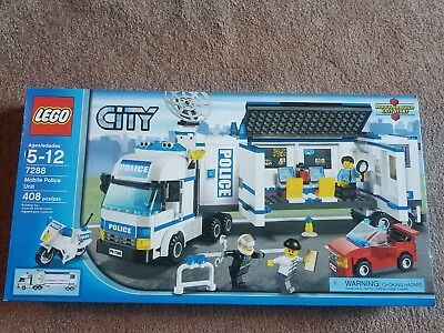 Lego City 7288 Mobile Police Unit Retired Complete Minifigures