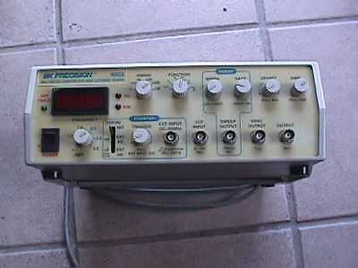 B&K Precision 4003 3MHz Function Generator 60MHz Autorange Counter Power Tested