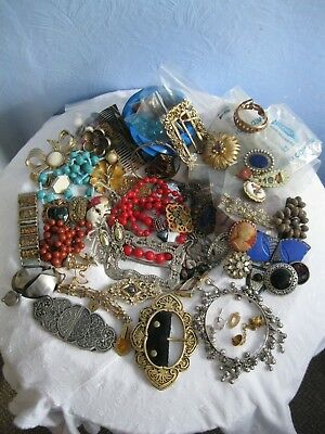 MIXED JOB LOT OF USED COSTUME JEWELLERY FOR RESALE, REUSE OR RECYCLE, 1.2 kg