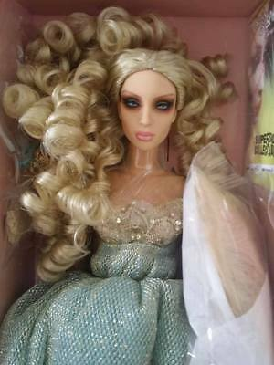 Superdoll Sybarite Gen X Sold Out NRFB Vushka + FREE SHIPPING!