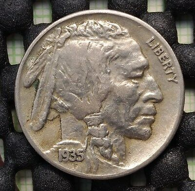 1935 S US Buffalo Nickel KM# 134 - in great condition!