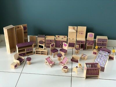 Wooden Dolls House Furniture - Very Good Condition (Used)