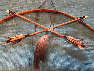 "27"" Scout Bow & Arrow Set W/2-19"" carved Arrows Leather feathers & Frog fetish!"