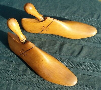 "VINTAGE HARDWOOD SHOE TREE 10 3/4"" x 3"" NARROW NON-ADJUSTING ARTFULLY DONE 3 PCE"