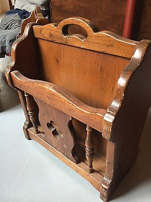 Ethan Allen Kling Colonial Dark Antiqued Pine Old Tavern Magazine Rack (1)
