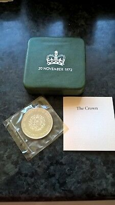 A  Sterling Silver  Gb  Royal Mint 1972 Silver Wedding Proof Crown.boxed & Coa.