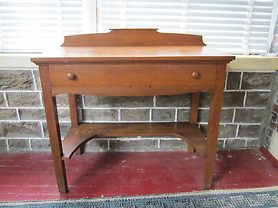 Authentic early 20th century Arts & Crafts era oak wood sideboard/table