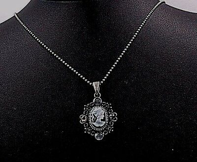 Victorian Lady Style Cameo Heart Crystal Charm Pendant Chain Necklace Grey