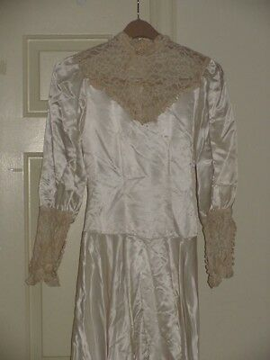 Vintage Wedding Dress Long Train 9 Feet Lace Satin 42 Buttons Small Size Ivory