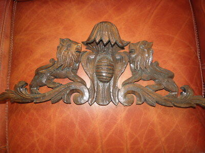 French Antique Style lion beast animal carving wooden Wood Crest Pediment Crown