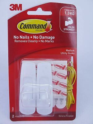 2 Pack 3M Command Medium Hook 17001 Holds 1.3kg or 9 Pack Spare Strips