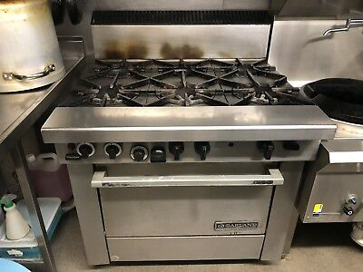 Garland  6 Burner Stove And Oven Excellent Working  Condition