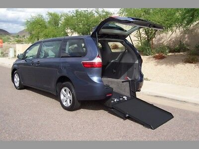 2017 Toyota Sienna Wheelchair Handicap Mobility Van 2017 Toyota Sienna Wheelchair Handicap Mobility Van New Conversion Best Buy