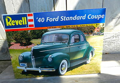 Revell 1940 Ford Standard Coupe 1/25Th Scale Plastic Model Kit