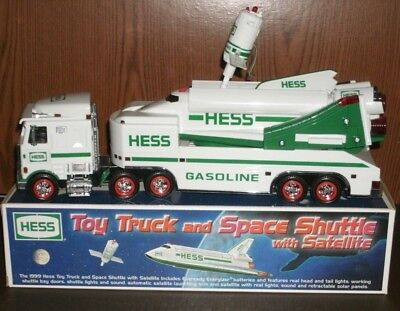 1999 Hess Toy TRUCK and SPACE SHUTTLE with SATELLITE New in Box Collectible