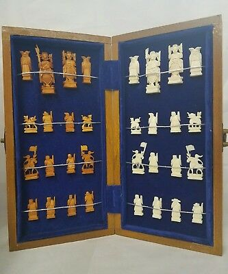 Rare Vintage Hand Carved Oriental Chinese Asian Chess Set
