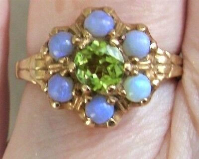 >> GORGEOUS Antique VICTORIAN 10K Gold Fiery Blue OPALS & Peridot Gemstone RING