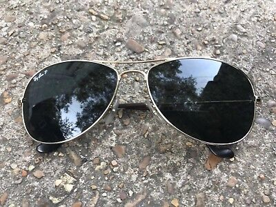 Womens Authentic Polarized Ray-Ban Aviator sunglasses black with gold