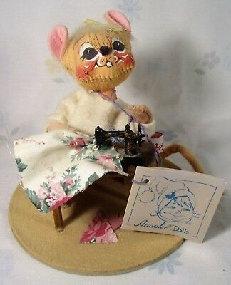 """1993 Annalee Doll """"Sewing metal sewing machine Original Tag Great Gift Idea"""