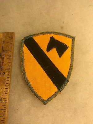 US 1st Cavalry Division Patch Theater Made (A816